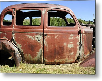 Metal Print featuring the photograph Final Destination by Fran Riley