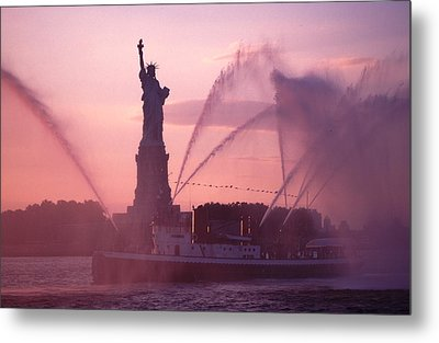 Metal Print featuring the photograph Fireboat Plumes The Statue Of Liberty by Tom Wurl