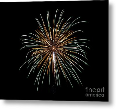 Metal Print featuring the photograph Fireworks 10 by Mark Dodd