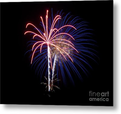 Metal Print featuring the photograph Fireworks 12 by Mark Dodd