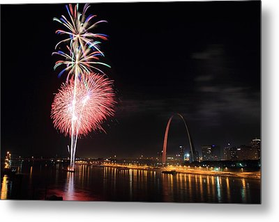 Fireworks From Eads Bridge In Saint Louis Metal Print by Scott Rackers