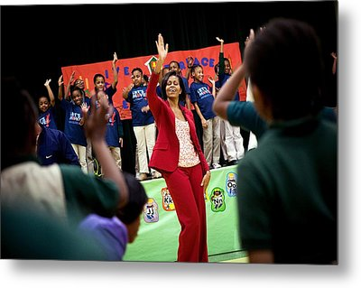 First Lady Michelle Obama Exercises Metal Print by Everett