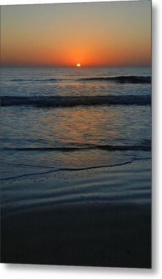Metal Print featuring the photograph First Light by Rod Seel