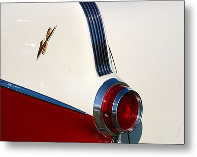 Metal Print featuring the photograph First Pontiac V8 1955 by John Schneider
