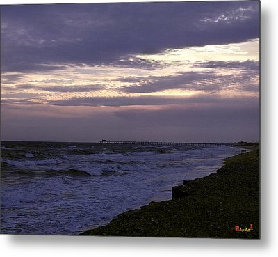 Metal Print featuring the photograph Fishing Pier Before The Storm 14a by Gerry Gantt