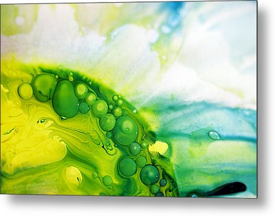 Metal Print featuring the photograph Fluidism Aspect 35 Photography by Robert Kernodle