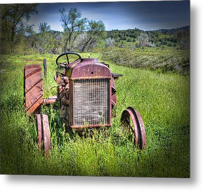 Metal Print featuring the photograph Fordson 1920 Tractor by William Havle