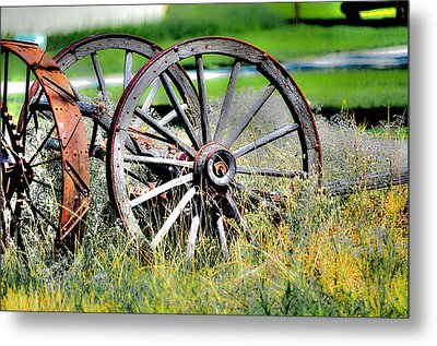 Forgotten Wagon Wheel Metal Print by Sarai Rachel