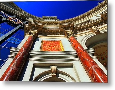 Forum Shoppes Entrance V Metal Print by Linda Edgecomb