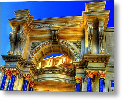 Forum Shops Arch Metal Print by Linda Edgecomb