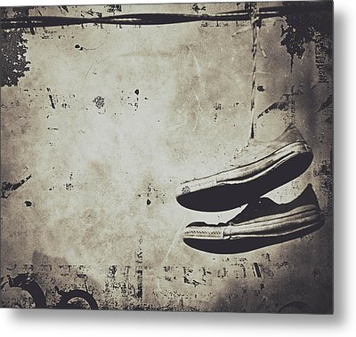Foster The Kicks Metal Print by Empty Wall