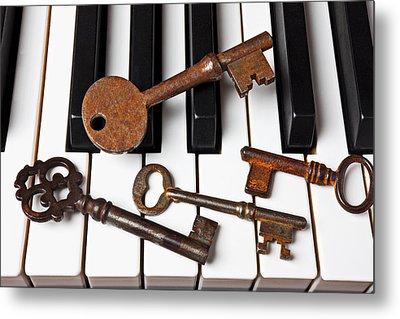 Four Skeleton Keys Metal Print by Garry Gay