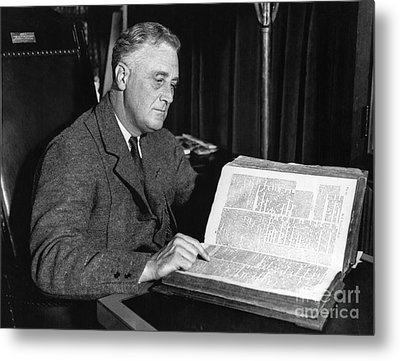Franklin D. Roosevelt, 32nd American Metal Print by Photo Researchers