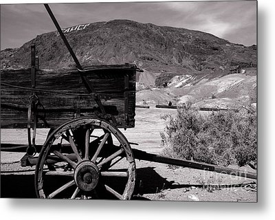 From The Good Old Days Metal Print by Susanne Van Hulst