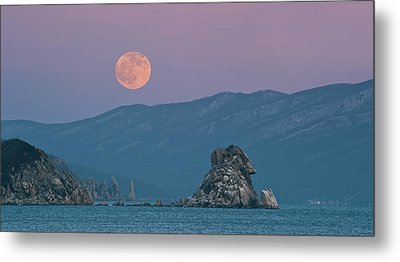 Full Moon Over Cape Laplace. Metal Print