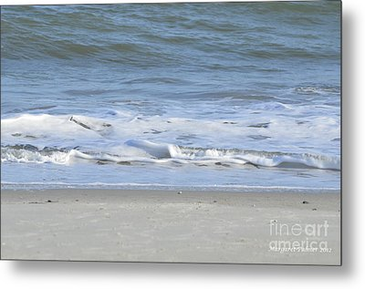 Gentle Tides Metal Print by Margaret Palmer