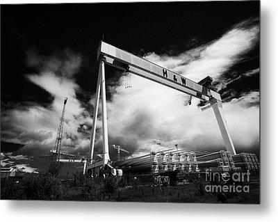 Giant Harland And Wolff Cranes Goliath Amd Samson With Wind Turbine Blades At Shipyard Titanic Metal Print by Joe Fox