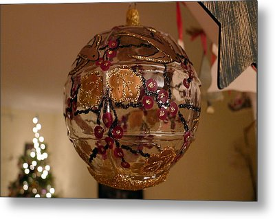 Glass Bauble Metal Print by Richard Reeve