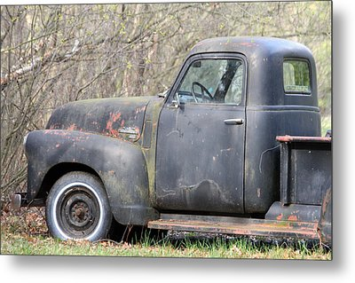 Metal Print featuring the photograph Gmc Rusting At Rest by Mark J Seefeldt