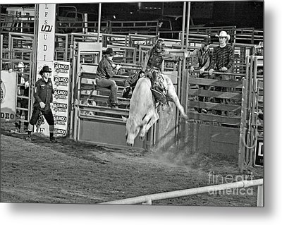 Going For 8 Metal Print by Shawn Naranjo