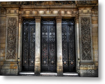 Grand Door - Leeds Town Hall Metal Print by Yhun Suarez