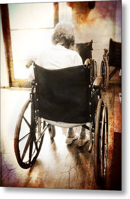 Growing Old Metal Print by Robert Smith