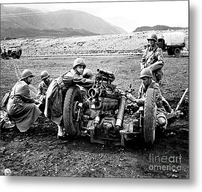 Gun Crew Prepares To Fire A 37mm Metal Print by Stocktrek Images
