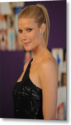 Gwyneth Paltrow At Arrivals For The Metal Print by Everett