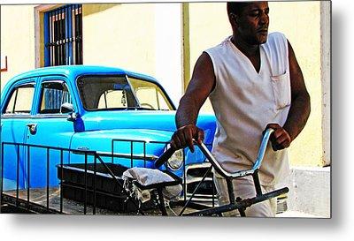 Havana Transportation Metal Print by Kimberley Bennett