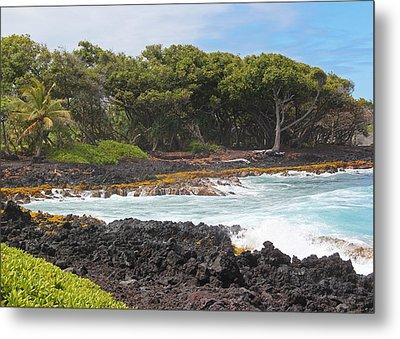 Metal Print featuring the photograph Hawaiian Paradise by Kerri Ligatich