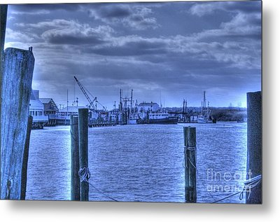 Hdr Fishing Boat Across The Jetty Metal Print by Pictures HDR