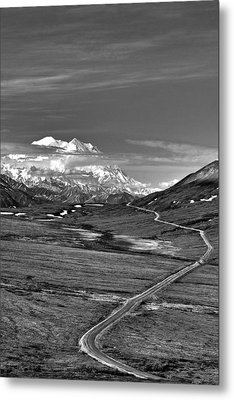 Headed To Mc Kinley D9746 Metal Print by Wes and Dotty Weber