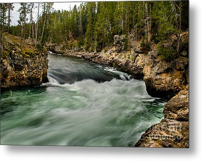 Heading For The Fall Metal Print by Robert Bales