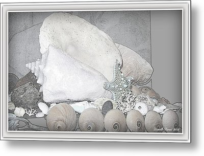 Her Majesty  Metal Print by Danielle  Parent