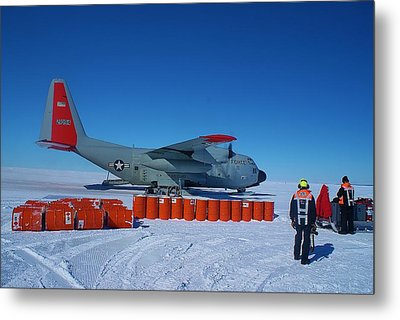 Hercules Lc130h 03 Metal Print by David Barringhaus
