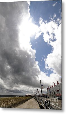 Here Come The Sun Metal Print by Mark Gold