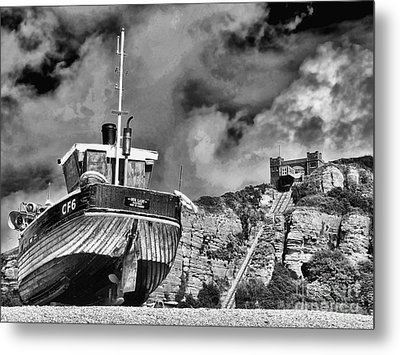 High And Dry 2 Metal Print by Graham Taylor