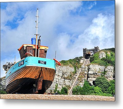 High And Dry Metal Print by Graham Taylor