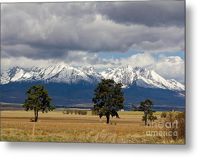 Metal Print featuring the photograph High Tatras - Vysoke Tatry by Les Palenik