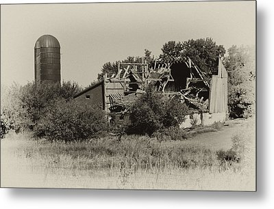 High Winds Old Barn Not Good Metal Print by Wilma  Birdwell