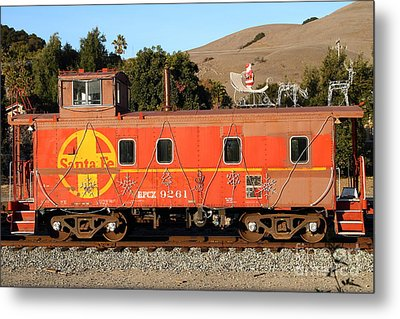 Historic Niles Trains In California . Old Sante Fe Caboose . 7d10832 Metal Print by Wingsdomain Art and Photography