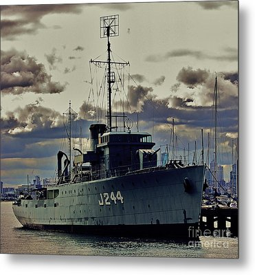 Metal Print featuring the photograph Hmas Castlemaine 1 by Blair Stuart