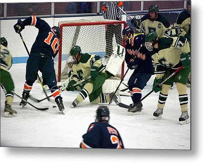 Hockey Two On Four Metal Print by Thomas Woolworth