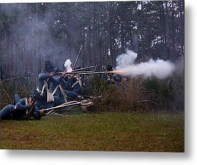 Metal Print featuring the photograph Holding The Line by Myrna Bradshaw