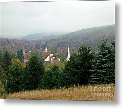 Metal Print featuring the photograph Hometown Hauntings by Christian Mattison