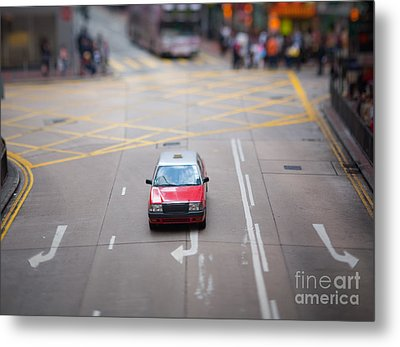 Hong Kong Taxicab Metal Print by Ei Katsumata
