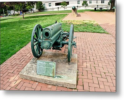 Howitzer Metal Print by Marianne Campolongo