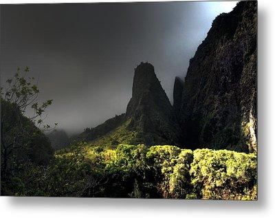 Iao Mountains Metal Print