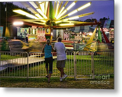 In Love At The Fair Metal Print by Paul Ward
