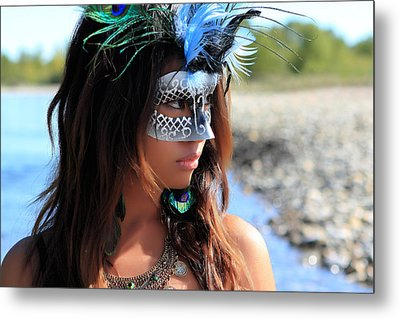 Incognito Metal Print by Waywardimages Waywardimages